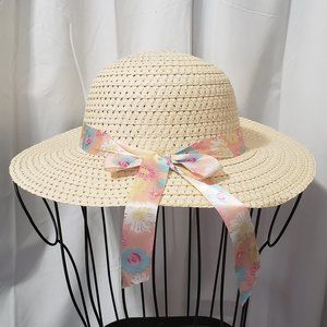 Accessories - Fun Straw Sun Hat w/ Floral Print Ribbon NWT